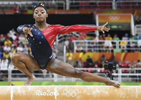 TV highlights: Simone Biles competes in the women's