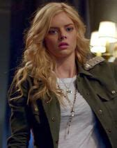 Bee (The Babysitter)   EvilBabes Wiki   FANDOM powered by