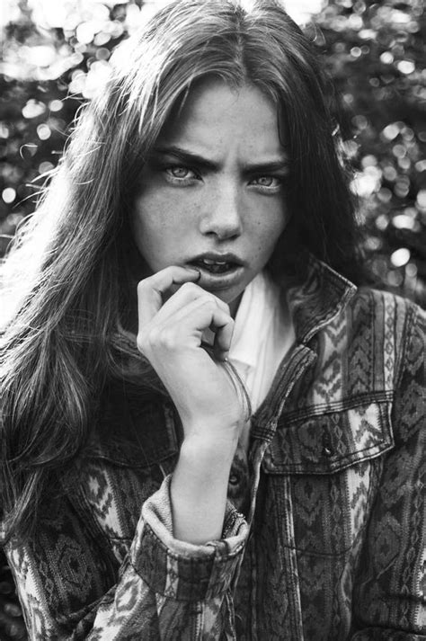 Kristine Froseth is Sexy On and Off-Screen! - Barnorama