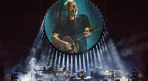 Pink Floyd's Electrifying Tribute To Fallen Bandmate Takes